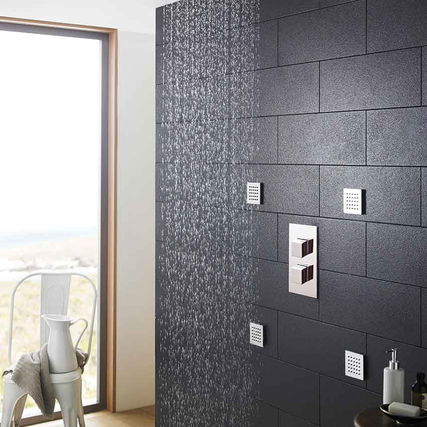 head81_showers_valves_bathroom_view.jpg