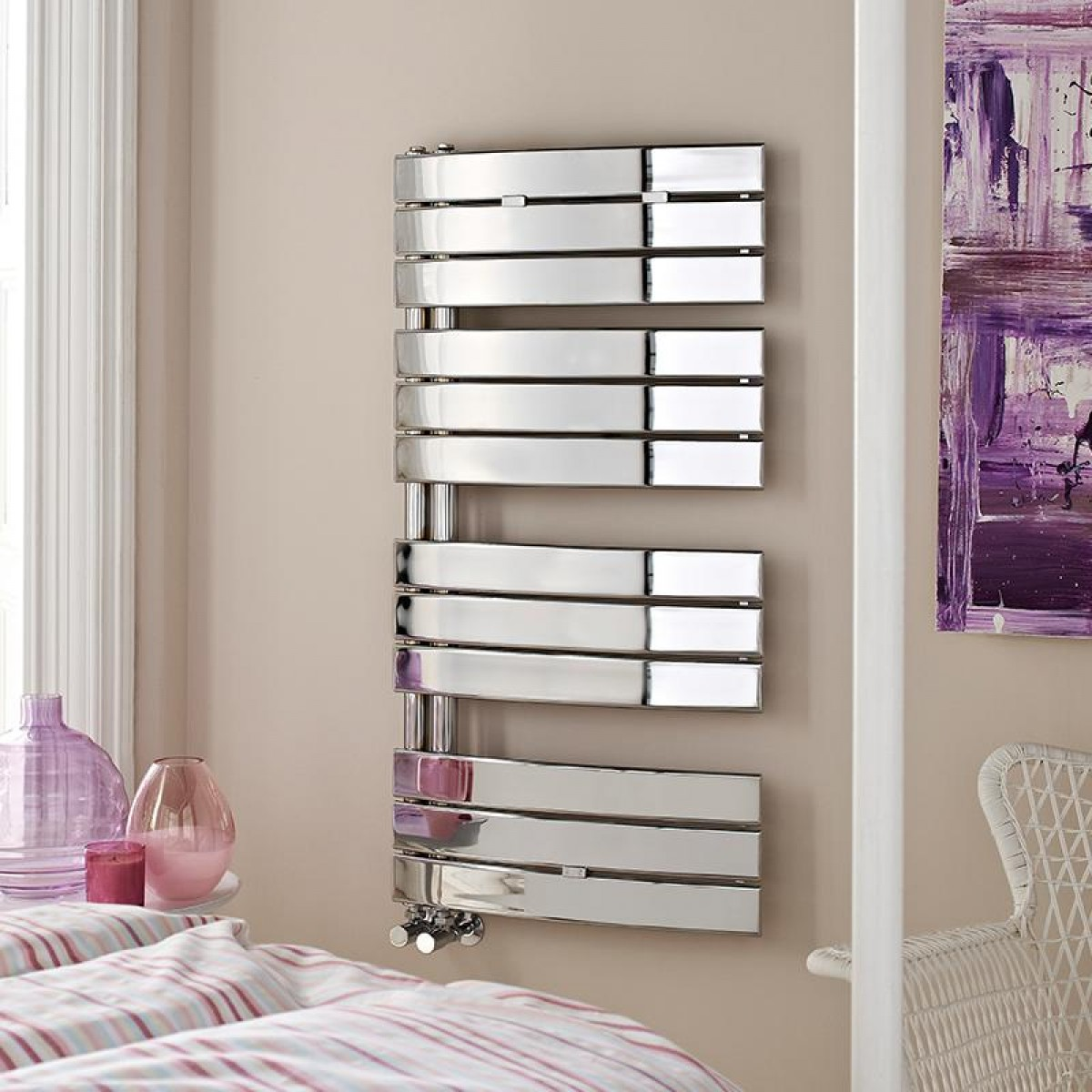 hl336_Hudson Reed Elgin Chrome Heated Towel Rail.jpg