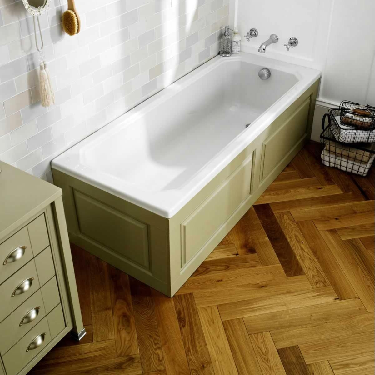 https://www.mepstock.co.uk/admin/images/hudson-reed-ascott-bath-panel_LDB109E_view.jpg